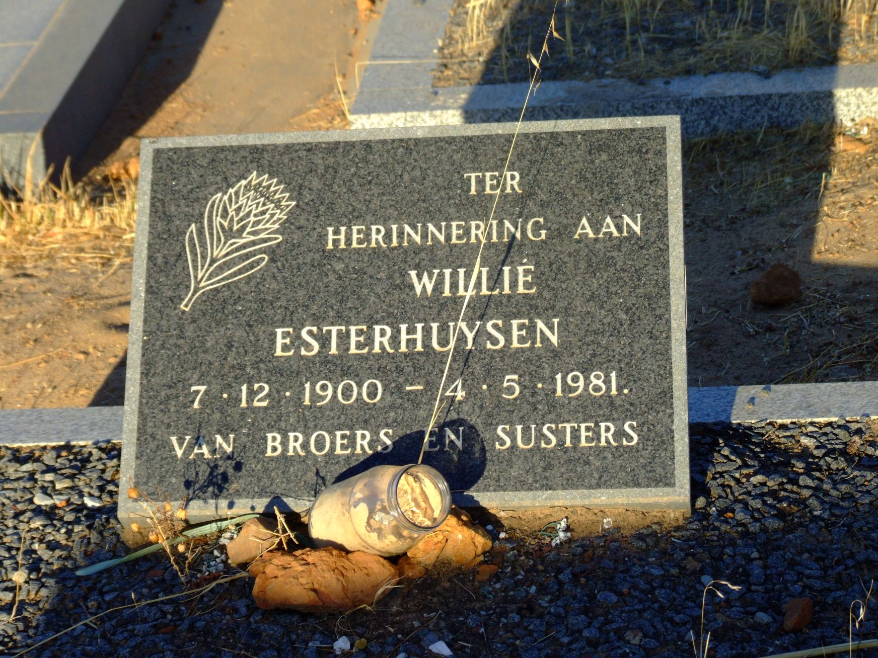 Esterhuysen, Willie