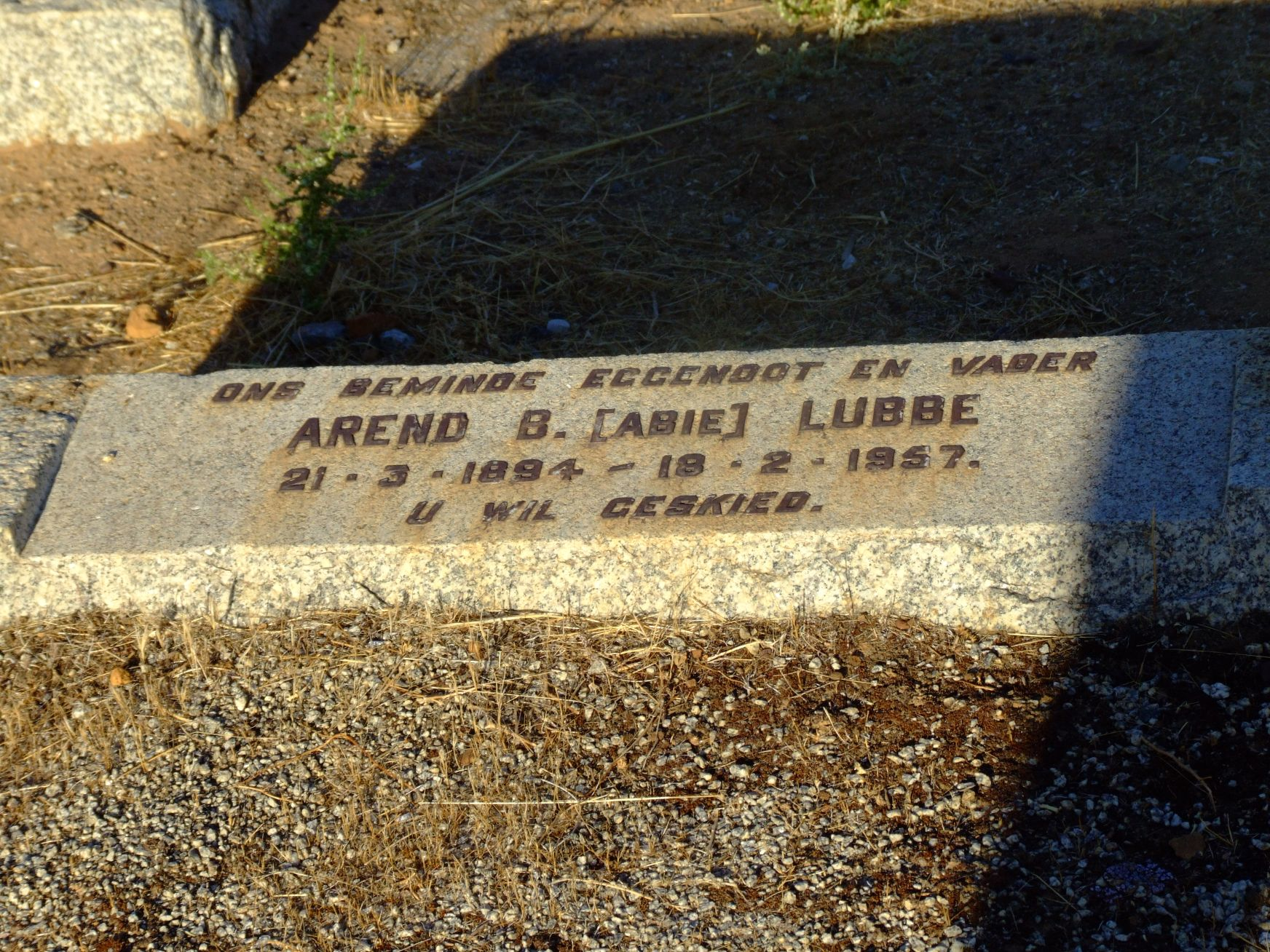 Lubbe, Arend B.