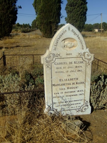 De Klerk, Gabriel born 21 July 1844 died 15 July 1911 + Elizabeth Margaretha nee Hough born 15 October 1847 died 11 December 1917