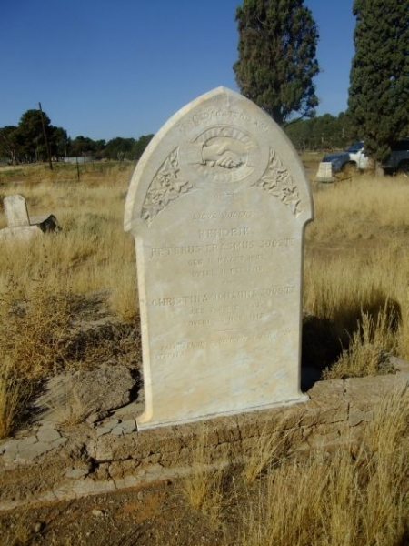 Jooste, Hendrik Peterus Erasmus born 11 March 1842 died 11 February 1915 + Christina Johanna born 07 July 1843 died 30 November 1917