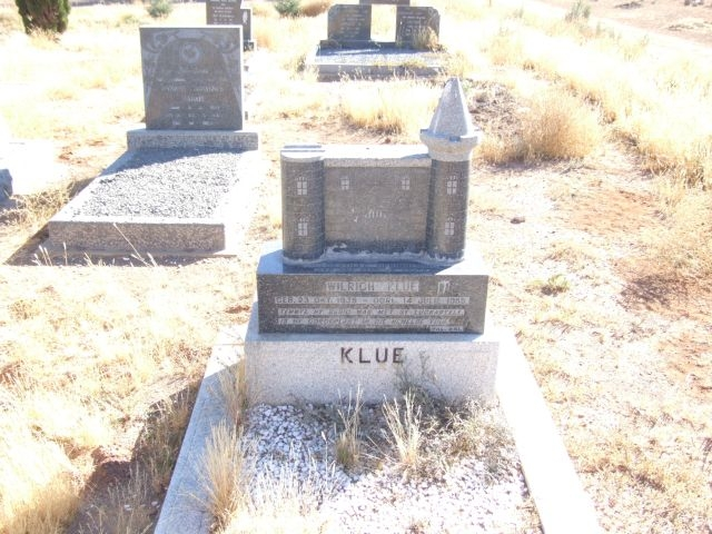 Klue, Wiltich born 23 October 1939 died 14 July 1955