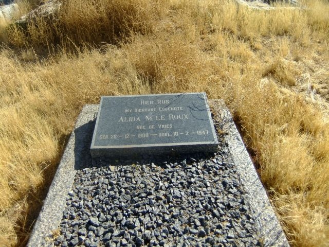 Le Roux, Alida nee De Vries born 28 December 1900 died 18 February 1947