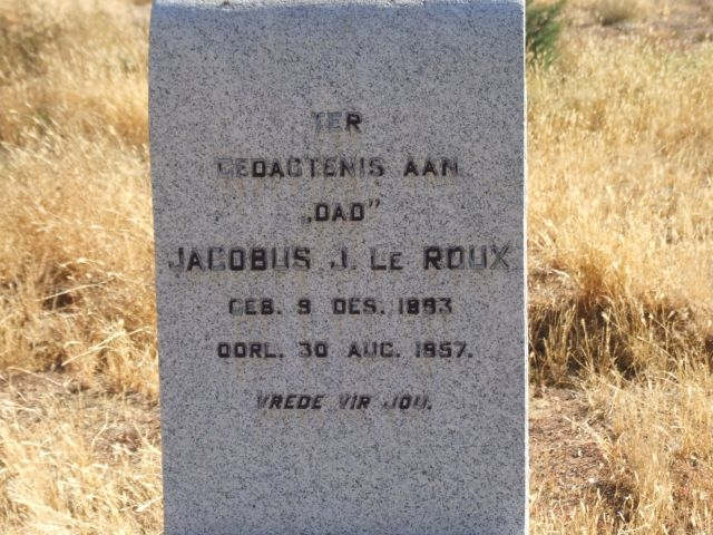 Le Roux, Jacobus born 09 December 1893 died 30 August 1957