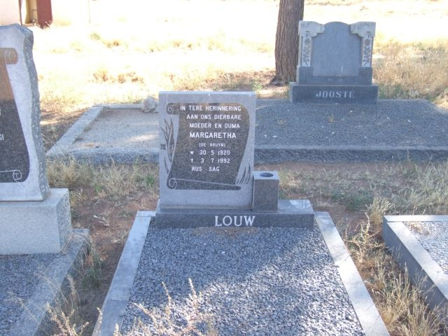 Louw, Maragaretha nee De Bruyn born 30 May 1920 died 03 July 1992
