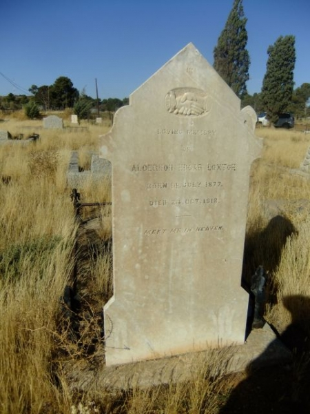 Loxton, Algernon Edgar born 14 July 1877 died 24 October 1918