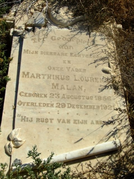 Malan, Marthinus Lourens born 23 August 1856 died 29 December 1921