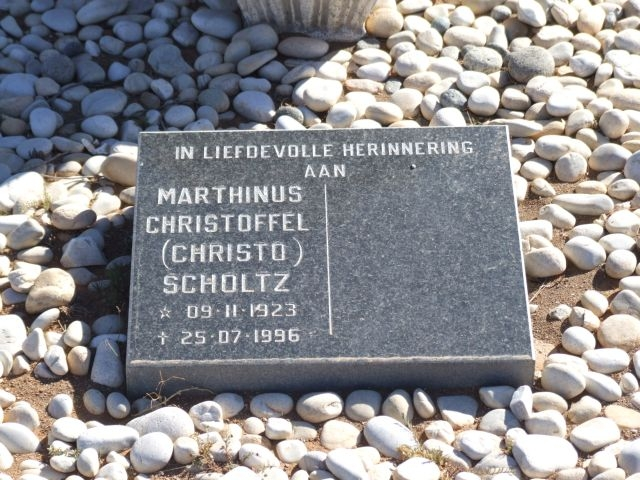 Scholtz, Marthinus Christoffel born 09 November 1923 died 25 July 1996