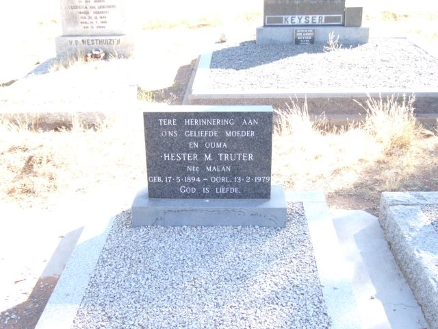 Truter, Hester M nee Malan born 17 May 1894 died 13 February 1979