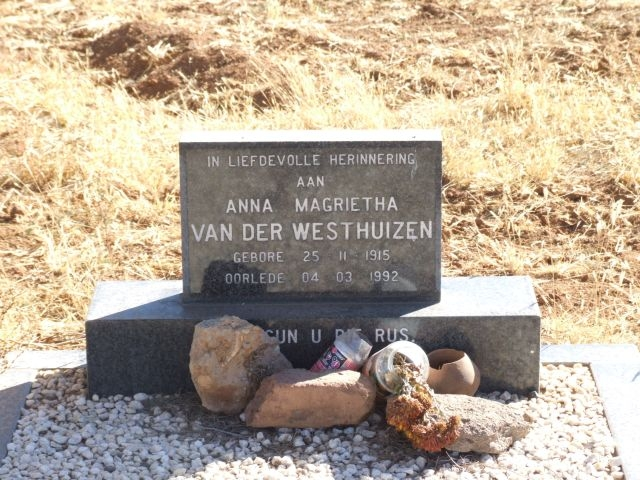 Van der Westhuizen, Anna Magrietha born 25 November 1915 died 04 March 1992