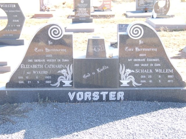 Vorster, Elizabeth Catharina nee Wykerd born 12 June 1903 died 27 May 1982 + Shcalk Willem born 20 September 1897 died 18 May 1977