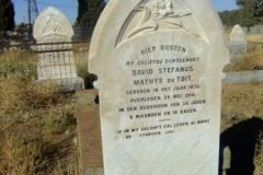 Du Toit, David Stefanus Mathys born 1872 died 28 May 1910 aged 38 years 6 months + 6 days