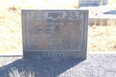 Grove, Izak Daniel born 26 April 1878 died 18 April 1965