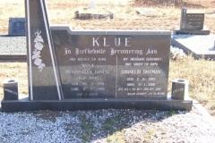 Klue, Petronella Daneel born Van Wyk 28 March 1910 died 02 February 1988 + Cornelis Snyman born 02 August 1905 died 12 January 1980