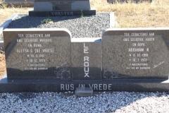 Le Roux, Alette born De Vries 10 March 1911 died 10 December 1979 + Abraham born 11 December 1901 died 16 July 1972