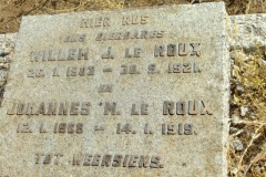 Le Roux, Willem J born 26 January 1902 died 30 September 1921 + Johannes M born 02 January 1908 died 14 January 1919
