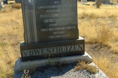 Van der Westhuizen, Johanna Gertruda nee Snyman born 11 February 1882 died 21 October 1918