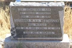Van der Westhuizen, Susanna M nee Marais born 29 July 1899 died 02 April 1952