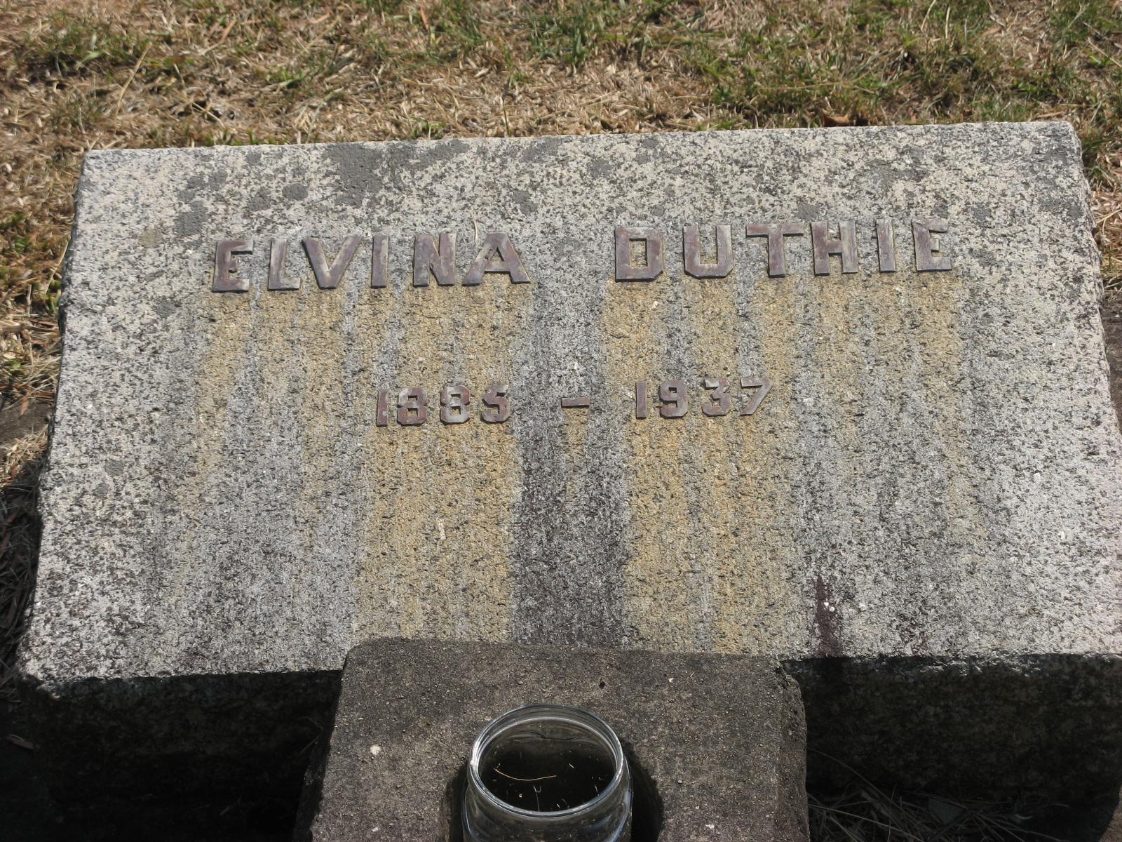 Duthie, Elvina
