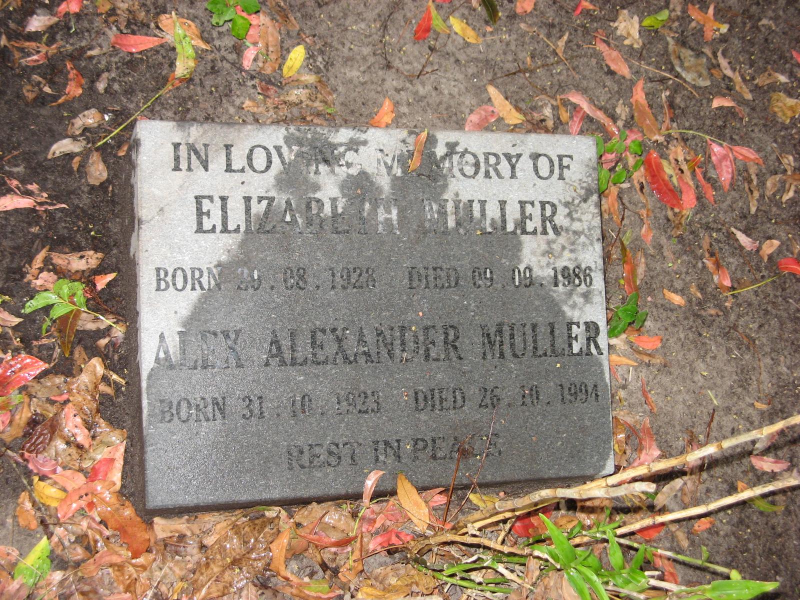 Muller, Elizabeth + Muller, Alex Alexander