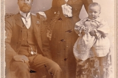 Unknown Family from Robertson