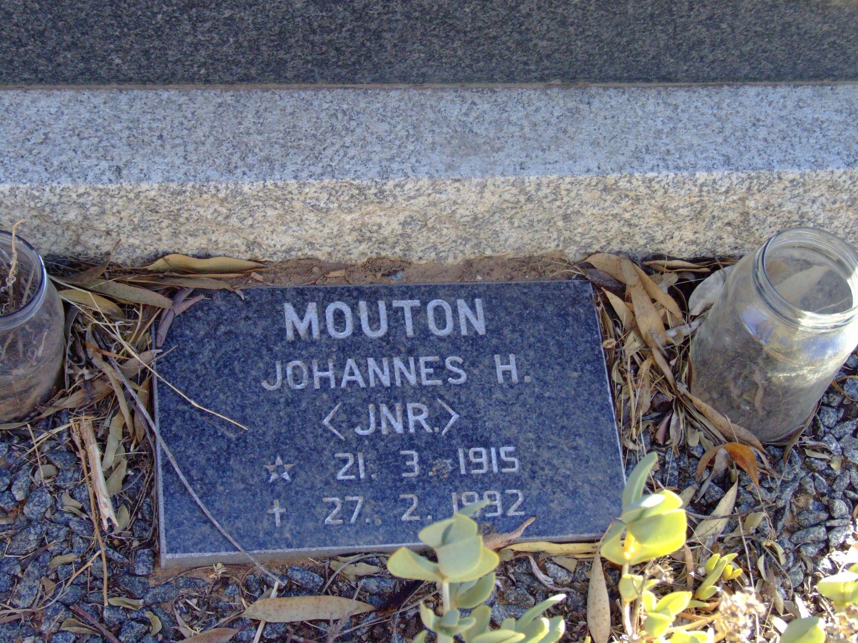 Mouton, Johannes H. (Jnr)