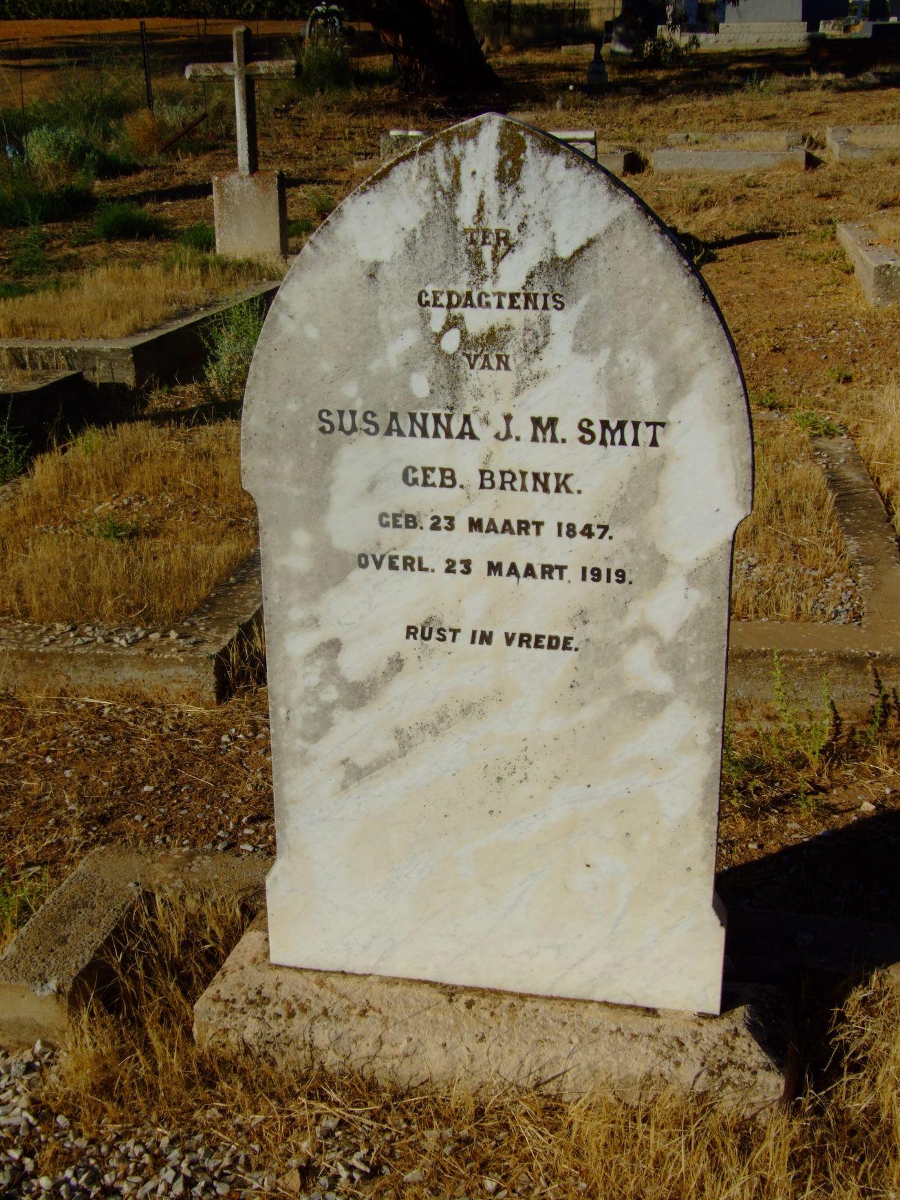 Smit, Susanna J. M.