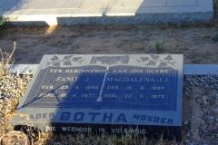 Botha, Fanie J. + Botha, Magdalena J. J.