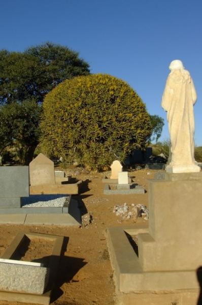 Kiemoes Cemetery 4