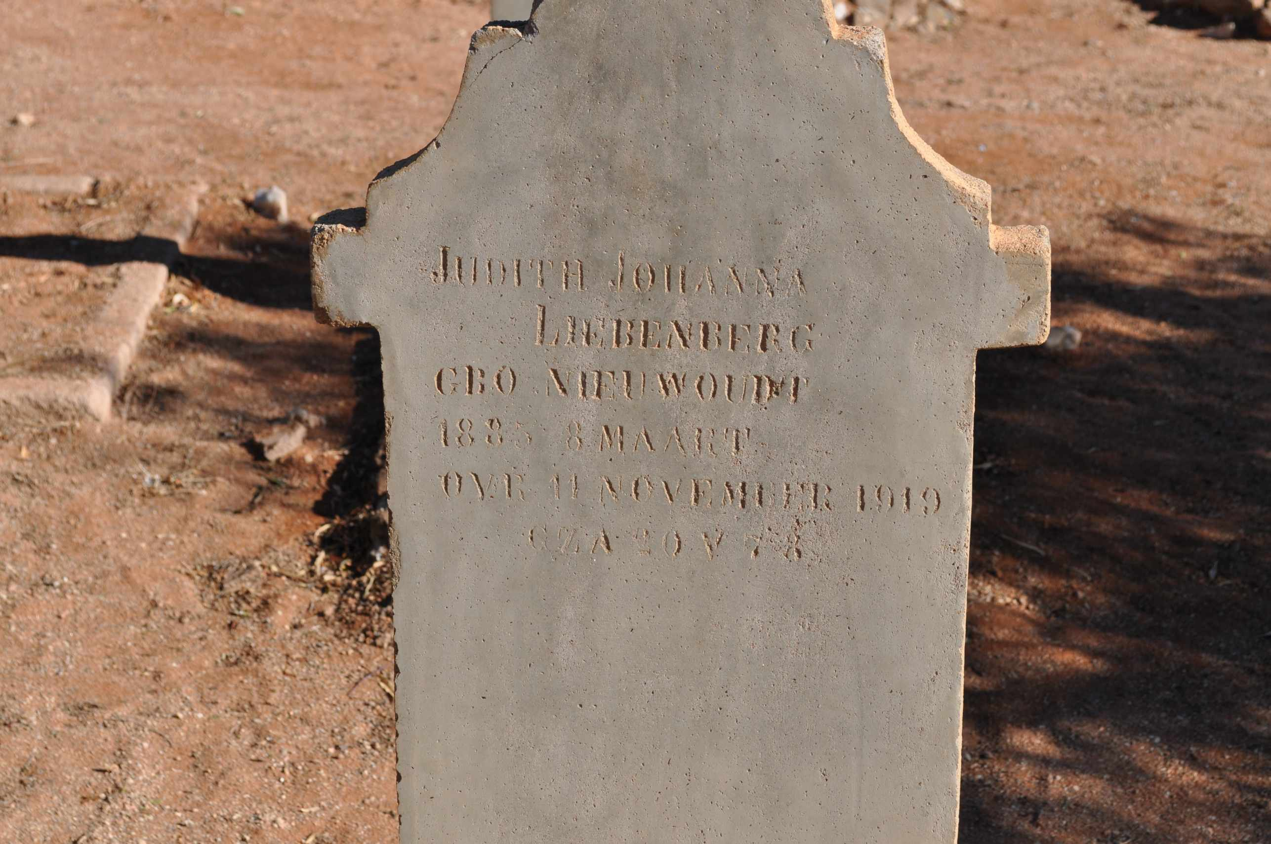 Liebenberg, Judith Johanna nee Niewoudt born 08 March 1885 died 11 November 1919