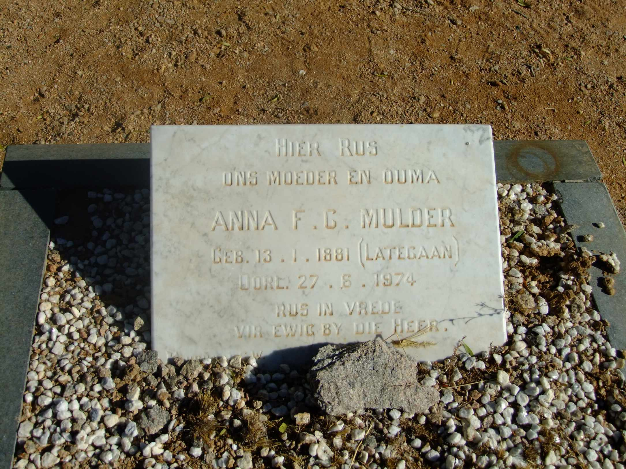 Mulder, Anna FC nee Lategan born 13 January 1881 died 27 June 1974