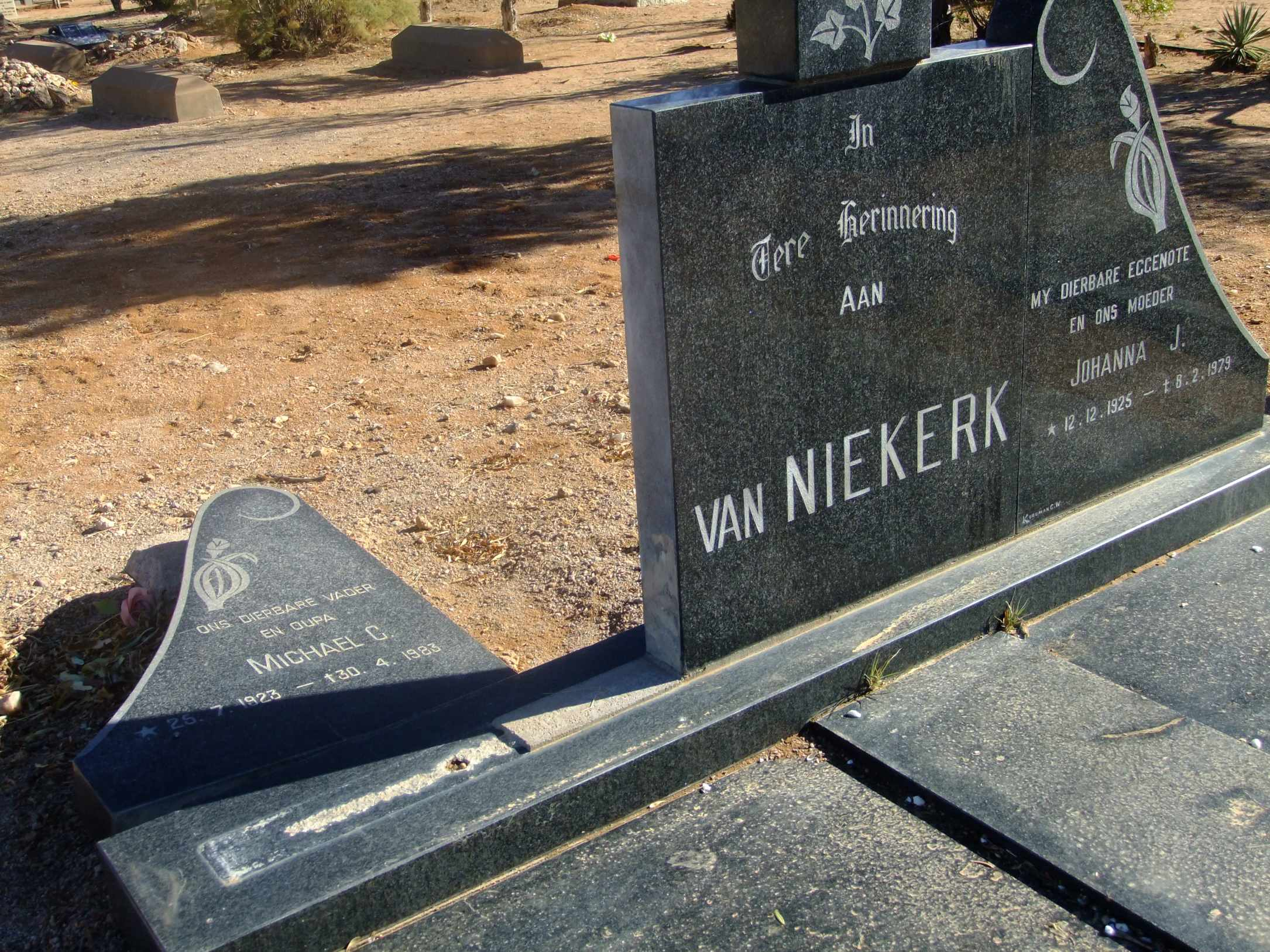 Van Niekerk, Michael born 25 July 1923 died 30 April 1983 and Johanna born 12 December 1925 died 08 February 1979