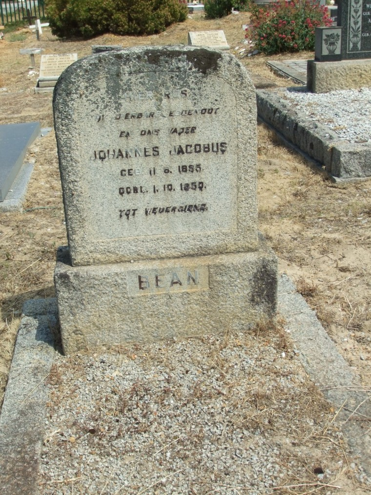 Cemetery Kleinmond 076