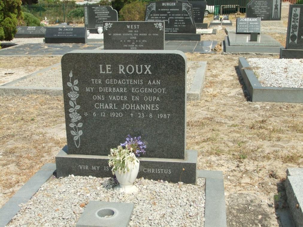 Cemetery Kleinmond 091