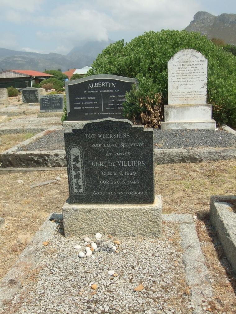 Cemetery Kleinmond 143