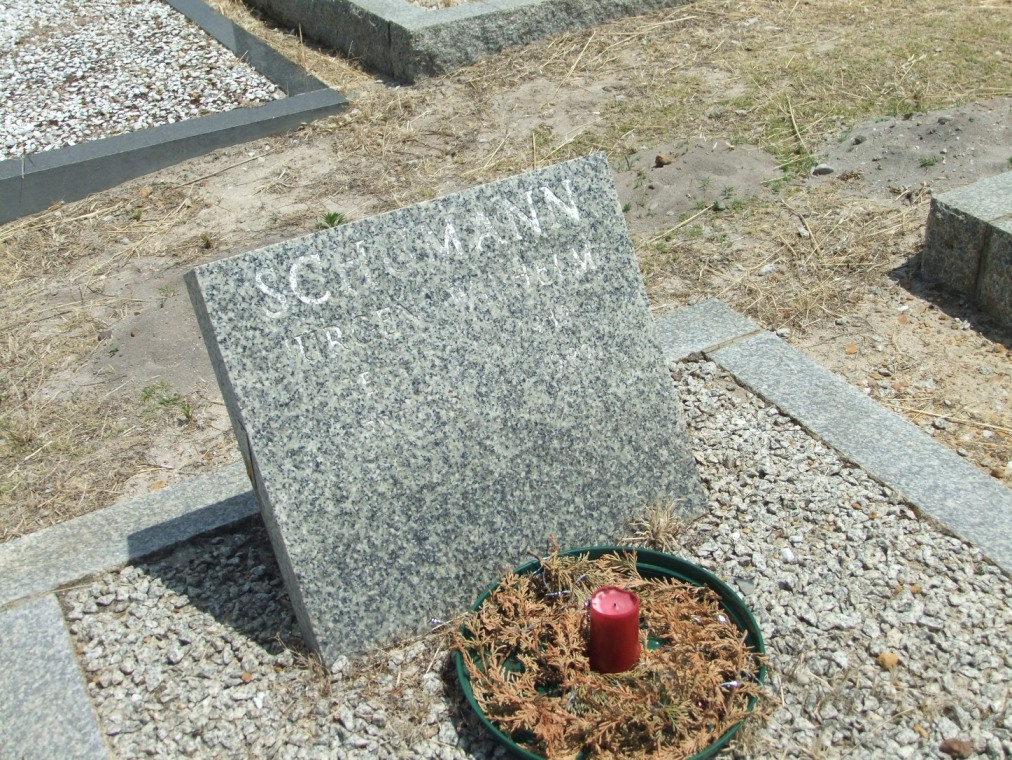 Cemetery Kleinmond 225