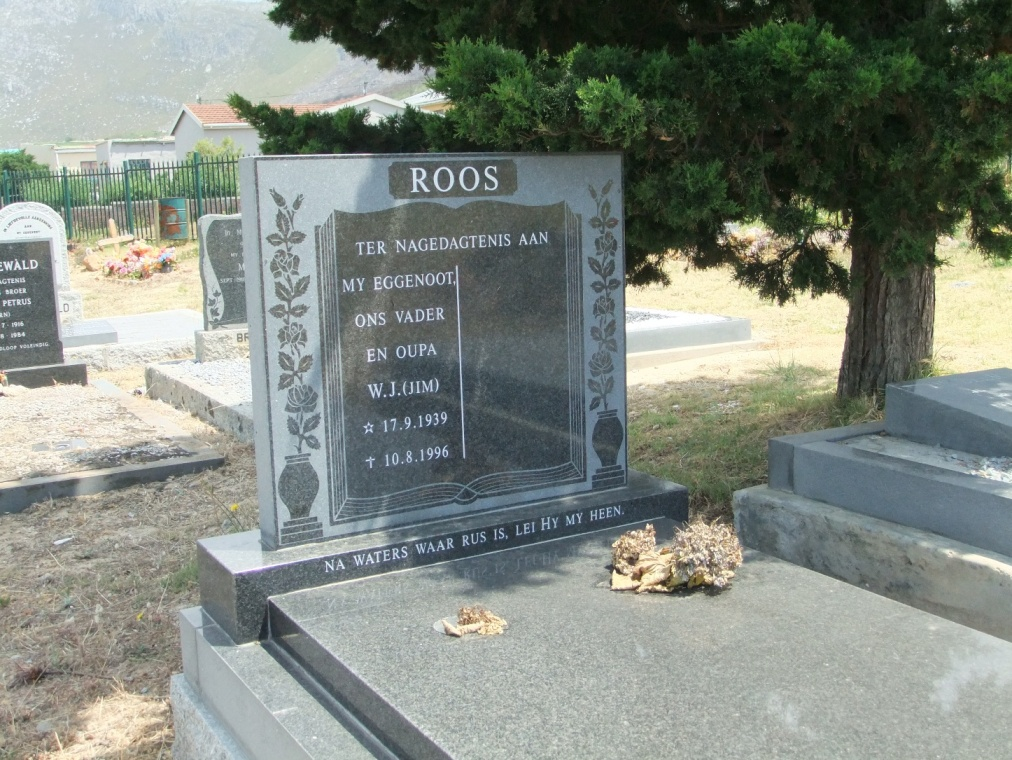 Cemetery Kleinmond 240