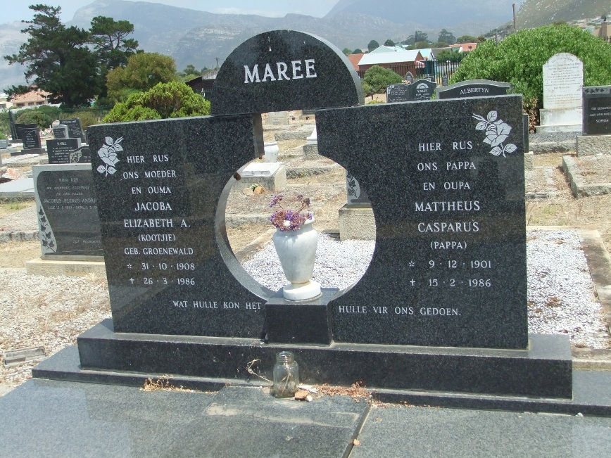 Cemetery Kleinmond 252