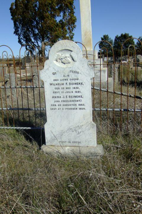 Beinke, Wilhelm F born 28 May 1852 died 21 July 1921 + Anna JE nee Engelbrecht born 20 August 1863 died 27 September 1924