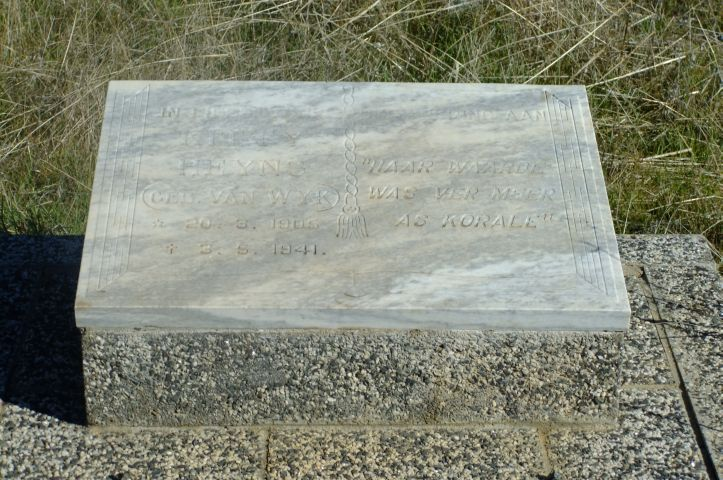 Heyns, illegible nee Van wyk born 20 March 1905 died 03 May 1941