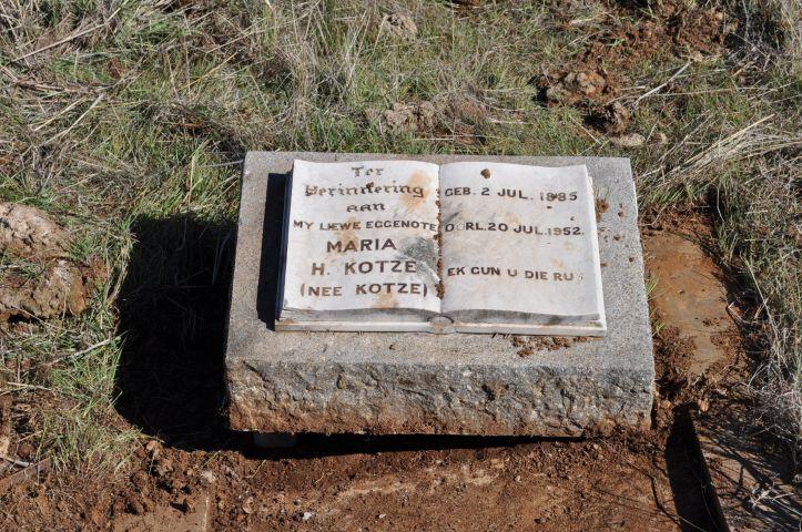 Kotze, Maria H nee Kotze born 02 July 1885 died 20 July 1952