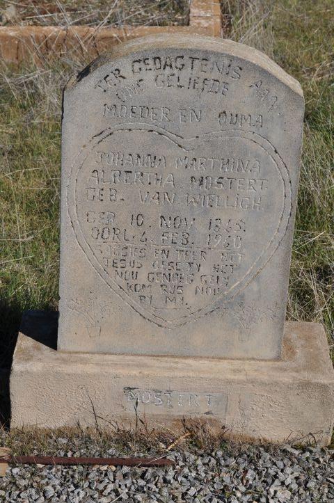 Mostert, Albertha nee Van Weilligh born 10 November 1865 died 06 February 1960