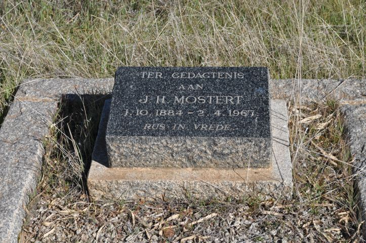Mostert, JH born 01 October 1884 died 02 April 1967
