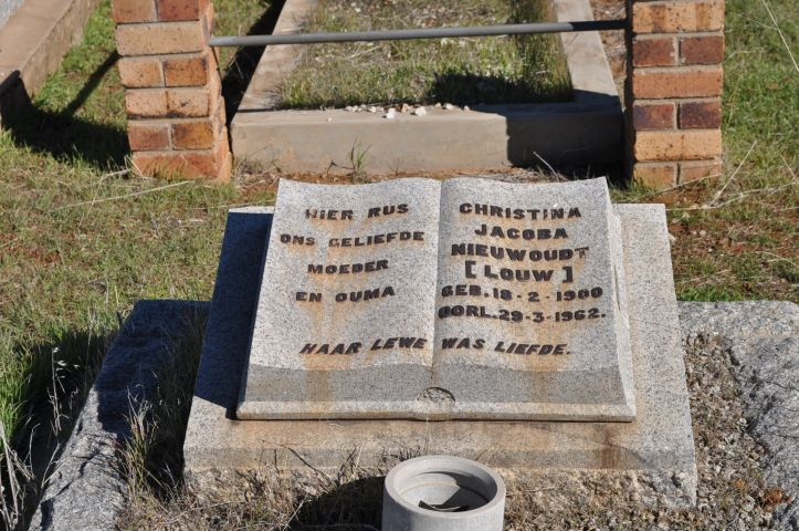 Niewoudt, Christina Jacoba nee Louw born 18 February 1900 died 29 March 1962