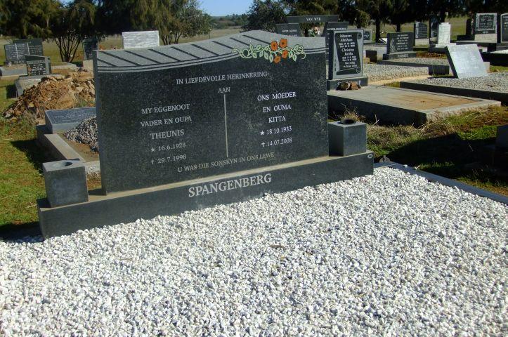 Spangenberg, Theunis born 16 June 1928 died 29 July 1998 + Kiita born 18 October 1933 died 14 July 2008
