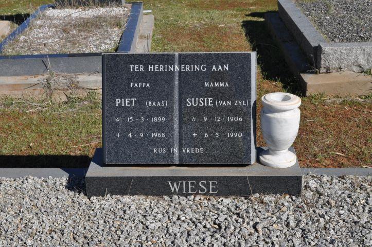 Wiese, Piet Baas born 15 March 1899 died 04 September 1968 + Susie nee Van Zyl born 09 December 1906 died 06 May 1990