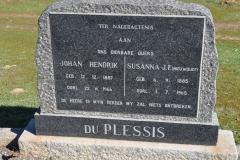 Du Plessis, Johann Hendrik born 12 December 1887 died 22 June 1966 + Susanna JF nee Nieuwoudt born 06 September 1885 died 01 July 1965