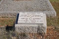 Huisamen, Michiel JP born 04 February 1872 died 23 October 1961 + Janetta SL nee Van Zyl born 20 January 1878 died 20 May 1960