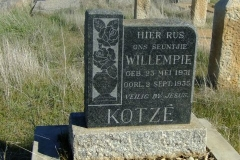 Kotze, Willempie born 23 May 1931 died 02 September 1935