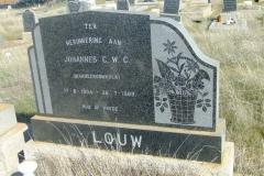 Louw, Johannes CWC born 17 August 1904 at Karreeboomkolk died 26 July 1969