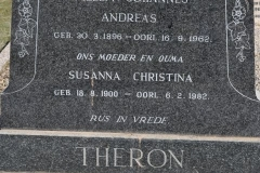 Theron, Willem Johannes Andreas born 30 March 1896 died 16 September 1962 + Susanna Christina born 18 August 1900 died 06 February 1982
